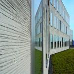 Der horizontale Besenstrich trägt die Handschrift der Stuckateure. Bild: Knauf/Mathias Lehmann