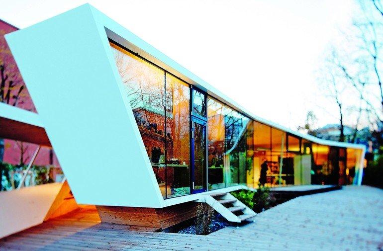 Sonnenschutzgläser in einer Kunst- und Architekturschule. Bild:Arnold Glas