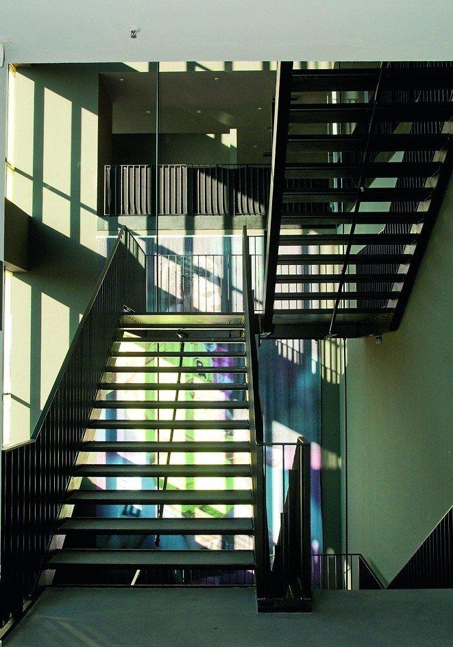 Ein Treppenhaus. Bild: Knauf Aquapanel/Marcel Decoux