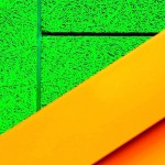 Neongrün zum Einprägen: Die Akustikplatten sind in den Tönen der berühmten Textmarker eingefärbt. Bild: Knauf AMF