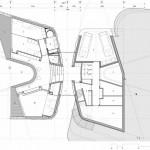 Grundriss Erdgeschoss mit der zentralen Erschließung in der Mitte von außen, nach innen und zum Garten. Zeichnungen:UNStudio