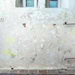 In den Kellerbereich war Feuchtigkeit eingedrungen: Deutlich sindSalzausblühungen zu sehen. Bild:Isotec