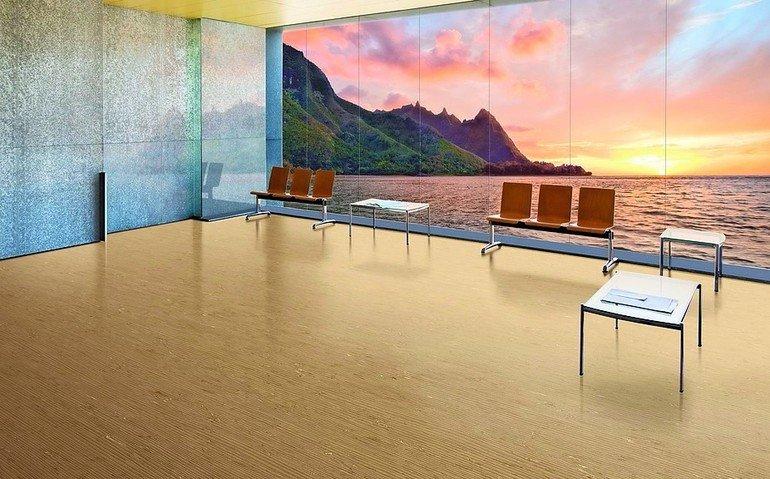 Wartebereich mit auf die Wand gedrucktem Panoramafoto. Bild: nora systems