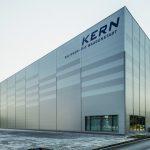 Das vollautomatisierte Warenlager der Firma Kern in Balingen. Bilder: Wagner / Heiko Preller