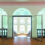 Um die Ästhetik des historischen Gebäudes zu erhalten, kamen besondere Lösungen für transparenten Brandschutz zum Einsatz. Bilder:Hoba