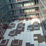 Das Flachdach des Innenhofs im 1. OG ist mit einem Dichtheitsüberwachungs-System ausgestattet. Bild: AB Kalis Innovation GmbH