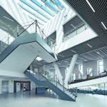 Treppengeländer: Entmaterialisierte Funktionalität. Bild: Carl Stahl ARC GmbH, Süßen