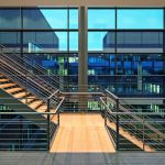 Der Entwurf für die Institutsneubauten für Physik der Uni Rostock stammt vom Architekturbüro Gerber Architekten, Dortmund, und zeichnet sich durch elegante Funktionalität aus. Bilder: H.G. Esch   Carl Stahl