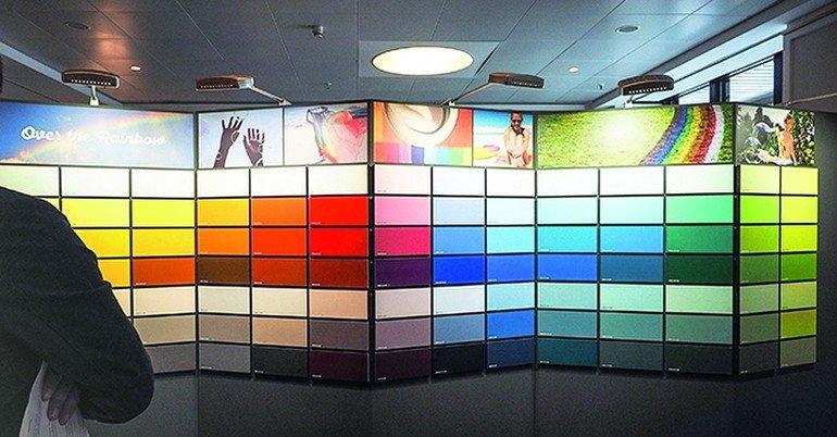 Überblick über die neue Farbpallette. Bild: Pfleiderer Holzwerkstoffe GmbH
