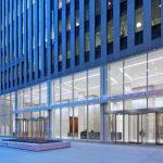 Transparenz und Lichtdurchlässigkeit: Sanierung der Lobby eines Bürogebäudes in Manhattan. Bilder: © Kevin Chu & Jessica Paul