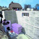 Perimeterdämmung mit Drainageschicht und überlappendem Filtervlies