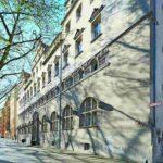 Möglichst originalgetreu saniert wurde das Stadtbad an der Oderberger Straße: ein repräsentativer Bau im Stil der deutschen Neorenaissance. Bilder: Stephan Falk, Berlin, für Jansen AG
