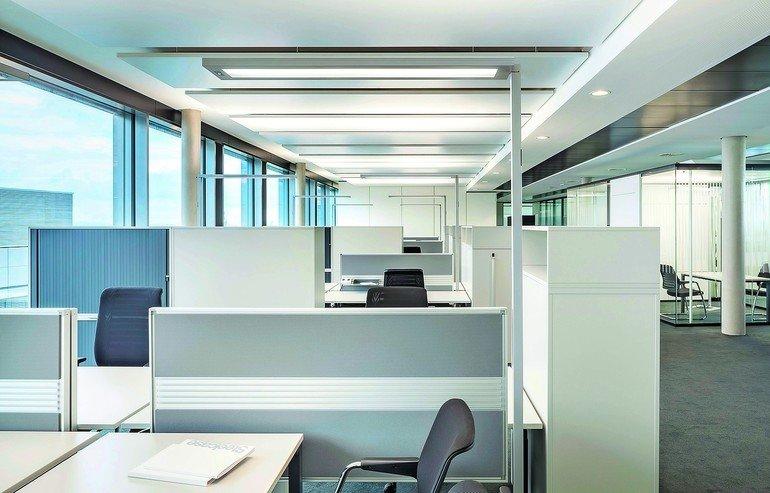 neubau eines technologiezentrums in ludwigsburg flexibel mit stehleuchten. Black Bedroom Furniture Sets. Home Design Ideas