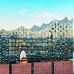 Die Hamburger Elbphilharmonie. Bilder: Zumtobel; Fotograf Michael Zapf