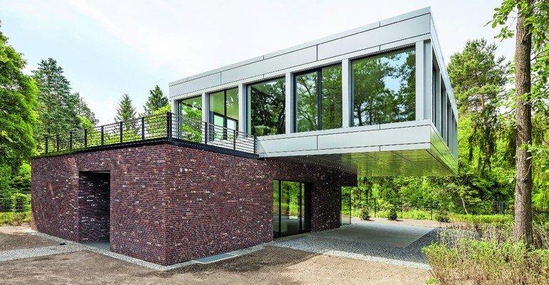 Vormauerziegel für Neubau einer Villa in Wilhelmshorst bei Potsdam. Bild: Martin Tervoort
