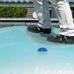 Kemperol Fallstop ist eine dauer-elastische Licht-kuppelbeschichtung auf Polyurethanbasis. Bild:Wolfgang Hauck Fotodesign / Kemper System