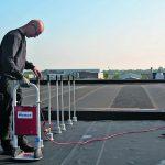Flexible Maßanfertigung mit EPDM-Plane fürs Flachdach. Bild: Carlisle CM Europe