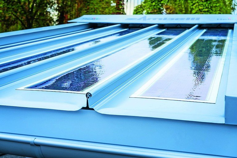 Gebäudeintegrierte leichte Solarfolie für Metalldach-Systeme