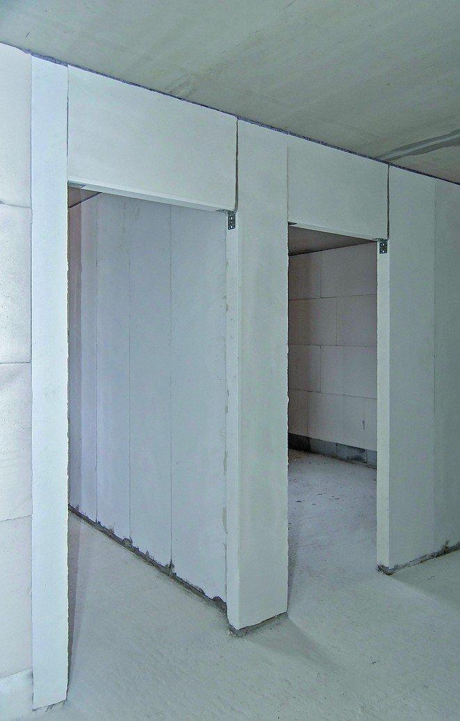 Porenbeton-Innenwände in tapezierfähiger Oberflächenqualität. Bild: Porit