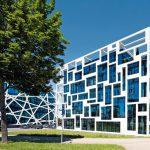 Raumhohe Sonnenschutz-Isolierglas-Elemente. Bilder: Dirk Wilhelmy, Stuttgart