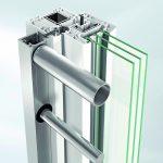 Absturzsicherung für Kunststofffenster. Bild: Schüco Polymer Technologies KG