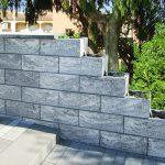Hohlmauersteine in Granitoptik. Bild: Jasto Baustoffwerke