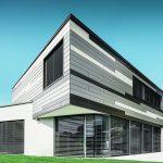 Haus mit farbbeschichteten Fassadensidings aus Aluminum. Bild: Prefa/Croce