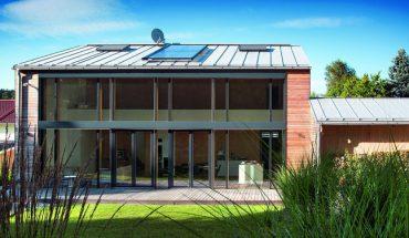 Neubau eines Wohnhauses im Landkreis Erding: Kompromisslos lichtdurchflutet