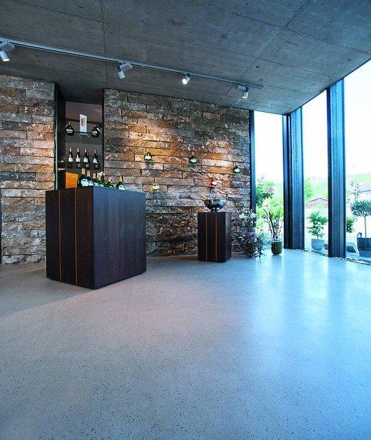 Sichtestrich: Fließestrich nach DIN EN 13813 - Zementgebundene Designböden