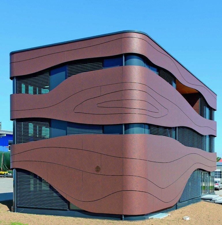 hinter der fassade steckt eine holzkonstruktion f r eine. Black Bedroom Furniture Sets. Home Design Ideas
