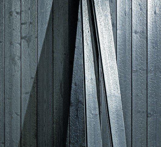 verkohltes holz f r fassade und innenraum carboris von. Black Bedroom Furniture Sets. Home Design Ideas