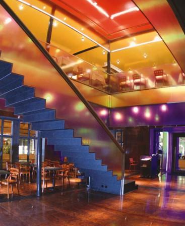Restaurant sanierung in winterthur in farbige transparenz for Raumgestaltung restaurant