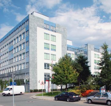 Die H-Form des Gebäudes erlaubt eine flexible Flächennutzung und ermöglicht mehr Tageslicht im Inneren.