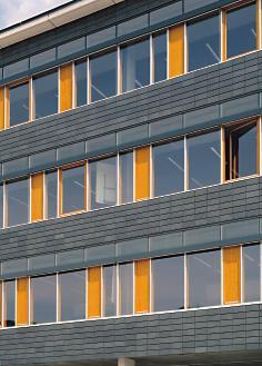 Ziegelvorhangfassaden gestalterisch und technisch souver n - Planquadrat architekten ...