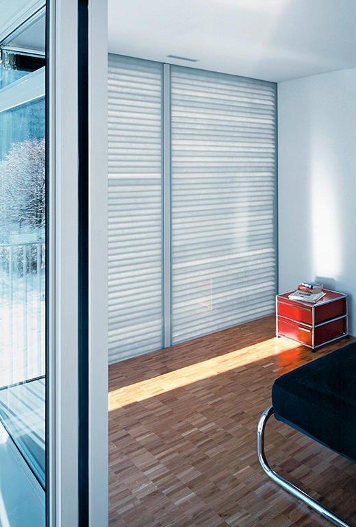 eine wand die w rmt und k hlt. Black Bedroom Furniture Sets. Home Design Ideas