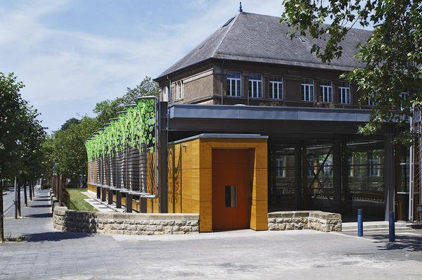 Kunstvoll neu geordnet: Grundschule Dellheicht von Witry & Witry. Bild: Willi Filz, Eupen, Belgien
