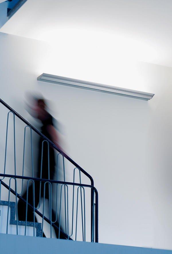 Deckenfluter Wand ~ Interior Design und Möbel Ideen