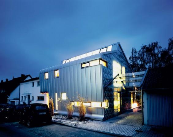 neubau eines wohnhauses in ostfildern kreativ und autark. Black Bedroom Furniture Sets. Home Design Ideas