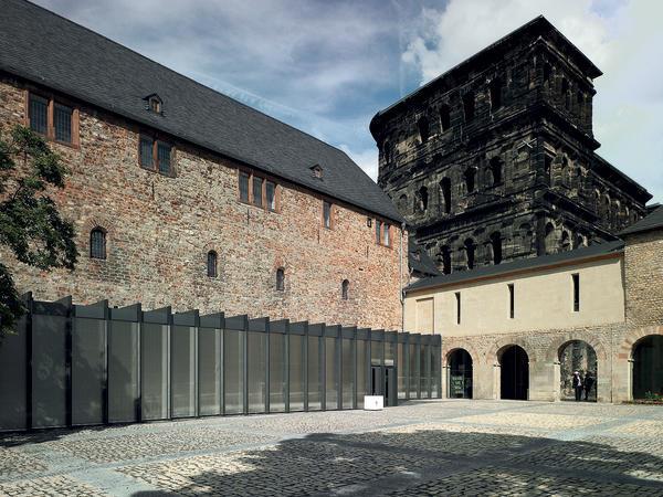 Umbau und erweiterung des stadtmuseums simeonstift in trier unsichtbare w rmeverteilung - Architekt trier ...