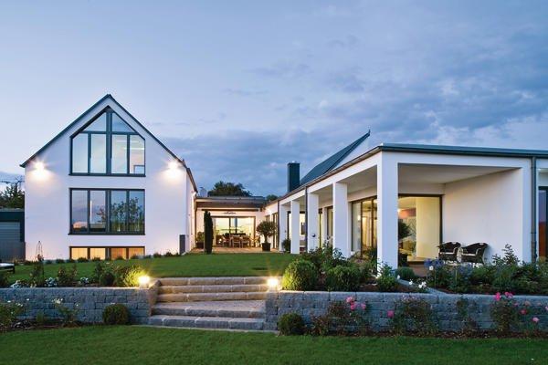 neubau eines wohnhauses mit wintergarten in fulda energie. Black Bedroom Furniture Sets. Home Design Ideas