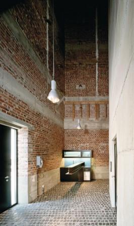 umnutzung eines getreidesiloturms zum wohnhaus in neuss wohnen im adlerhorst. Black Bedroom Furniture Sets. Home Design Ideas