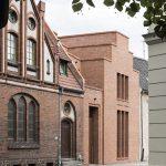 Deutsche Ziegelbauten: Evangelisches Gemeindehaus, Finsterwalde. Foto: Tobias Adam
