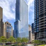Skyscraper 110 North Wacker Drive in Chicago, USA