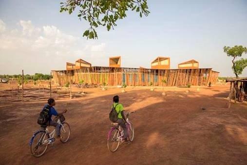 Francis Kéré, »Lycée Schorge« in Koudougou, Burkina Faso. Bild: Daniel Schwartz
