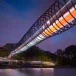 Skulptur als Brücke