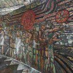 Mosaik an der Wand des Buzludzha-Monuments.