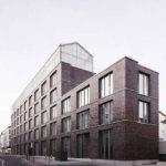 Verwaltungsgebäude mit gebäudeintegriertem Dachgewächshaus in Oberhausen