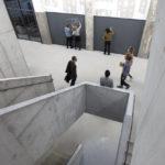 Sichtbeton-Treppenhaus in der Hochschule für Schauspielkunst Ernst Busch, Berlin