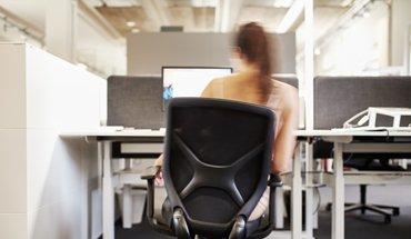 """Das Bürokonzept der Zukunft fördert die Bewegung der Mitarbeiter - das ist eine Schlussfolgerung aus der Kongressreihe """"Wirksame Büros"""" von designfunktion. Bild: Achim Hehn"""