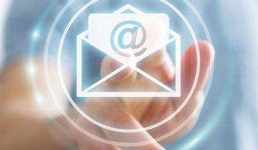 E-Mail-Knigge - 21 Tipps für die erfolgreiche E-Mail-Kommunikation im Architektur- und Ingenieurbüro. Bild: QualitätsVerbund Planer am Bau